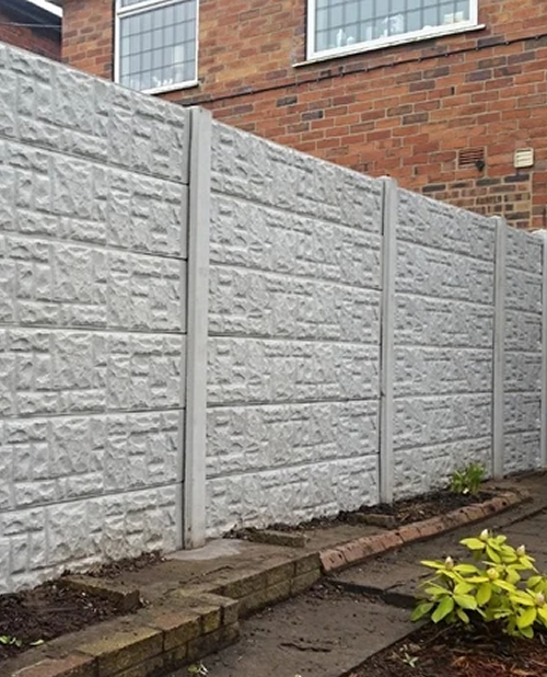 we erect concrete fences in derbyshire